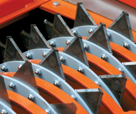 Agri-Chopper – Big bale chopper: High quality knives