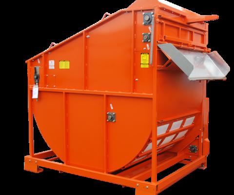 TMR Mixer – Agrimixer: Unloading