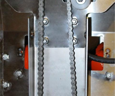 Robot d'alimentation – Robot 210: Un entraînement à chaîne