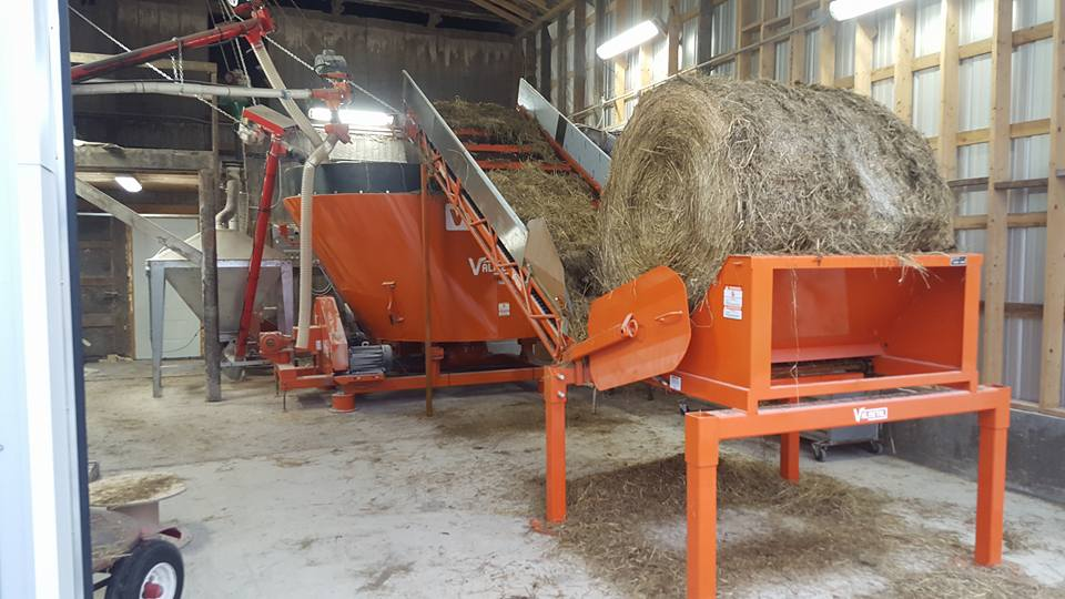 Stationary Bale Unroller